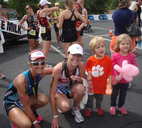 Milly & Cam are proud of Mama Hilbs!  Notice their Saucony kiddo shoes please..so cute.